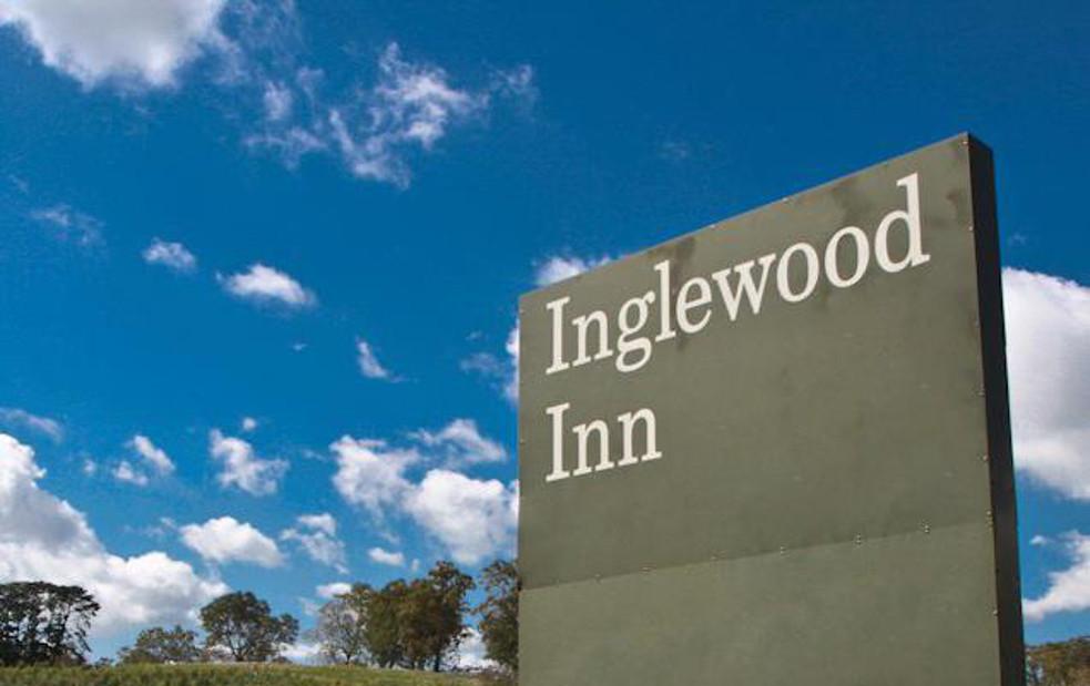 Scene Buzz: Inglewood Inn, Grenadiers, Three D Radio, The Timbers, The Villenettes & More