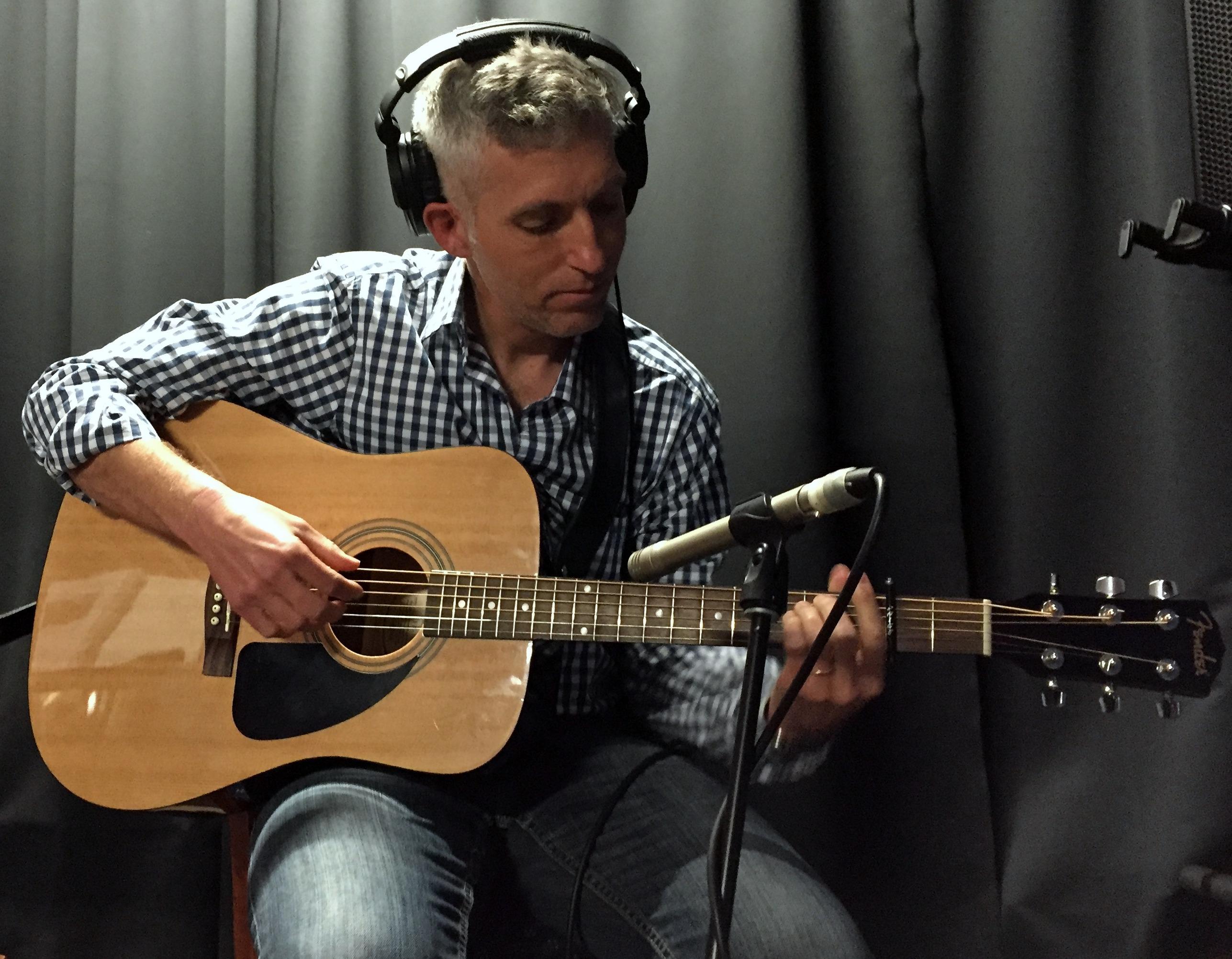 Americana Singer-Songwriter, Sean Michael Leyden